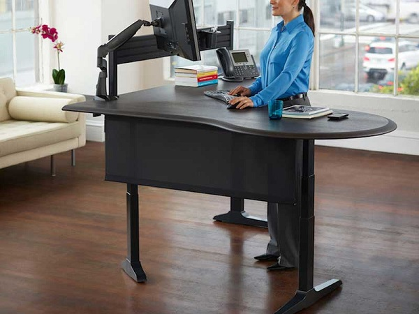 Motorized sit and stand desk giveaway freebies ninja for Motorized sit stand desk