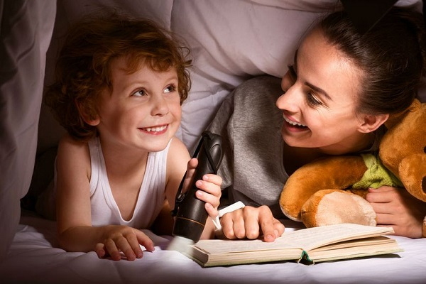 Free bedtime stories for your child freebies ninja for Bed stories online