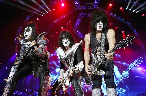 Trip for 4 to a KISS Concert Sweepstakes